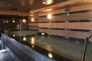 The swimming pool at or near Kobe Port Tower Hotel