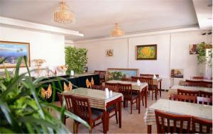 Ресторан / где поесть в GreenTree Inn Heilongjiang Harbin Zhongyang Street Business Hotel