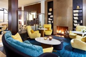 The lounge or bar area at Hotel Montalembert