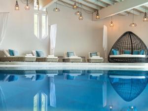 Piscina di Hotel Paradies - Family & Spa o nelle vicinanze