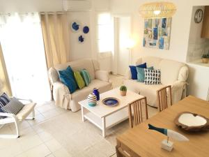 A seating area at Apartamento JB - Dona Ana