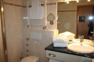 Ein Badezimmer in der Unterkunft Strandburg Juist - Apartment 301 (Ref. 50969)