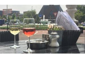 Drinks at Hotel De Beurs