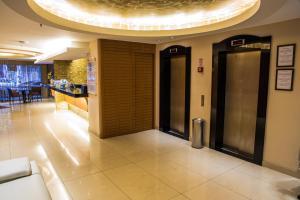 The lobby or reception area at Atlantis Copacabana Hotel
