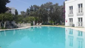 The swimming pool at or near Meis Apart