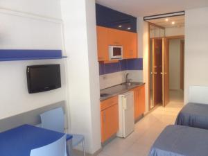 A kitchen or kitchenette at Inter 2