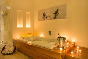 A bathroom at Movich Hotel Cartagena de Indias