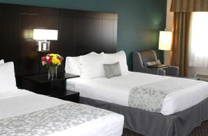 A room at Best Western PLUS La Mesa San Diego