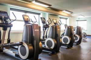The fitness center and/or fitness facilities at The Edgewater