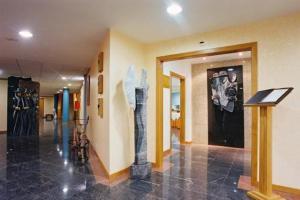 The lobby or reception area at Dom Jorge de Lencastre