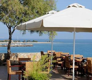 Εστιατόριο ή άλλο μέρος για φαγητό στο Kekrifalia Hotel