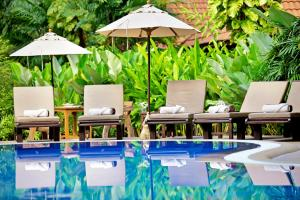 The swimming pool at or near Smile House - SHA Plus
