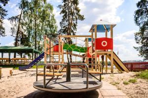 Детская игровая зона в Porto Marine