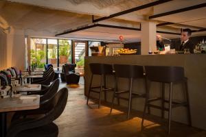 Um restaurante ou outro lugar para comer em Ohla Eixample