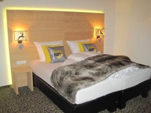Een bed of bedden in een kamer bij Harakiri Partyhouse