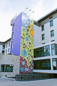 The facade or entrance of Hotel Verde Cape Town Airport