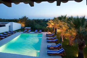 A view of the pool at Mangio Fango Hotel et Spa or nearby