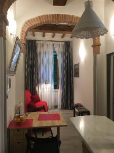 Zona de estar de Conte Canacci