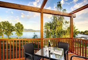 Patio nebo venkovní prostory v ubytování Hotel Aqualand Inn