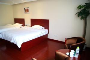 Номер в GreenTree Inn GuangXi HePu HuanzhuSouthRd.Transit Center Express Hotel