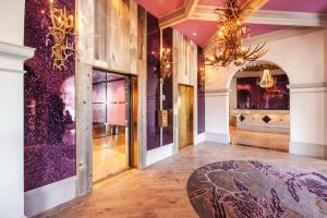 The lobby or reception area at Castle Hotel, Autograph Collection