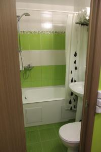 Ванная комната в Asti Hotel