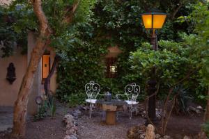 A porch or other outdoor area at Casa Palacio Conde de Garcinarro