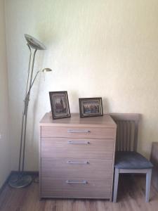 Телевизор и/или развлекательный центр в KenigApart Римская 31