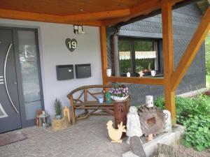 Ein Sitzbereich in der Unterkunft Ferienwohnung an der Lay