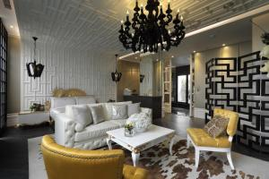 The lounge or bar area at Taichung Ease Motel