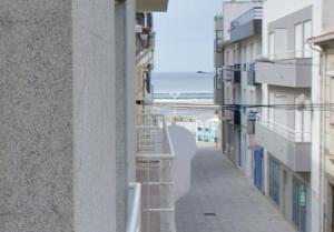 A balcony or terrace at Apartamentos Turísticos Vila Praia