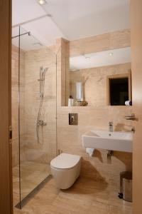 A bathroom at St. George Hotel