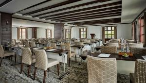 A restaurant or other place to eat at Four Seasons Hotel Casa Medina Bogota