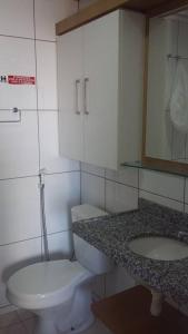 A bathroom at Flat Studio Iracema apto 602