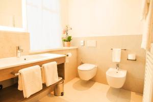 A bathroom at Das Alte Rathaus