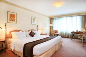 A room at Hanoi Daewoo Hotel