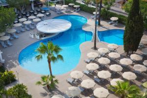 Uitzicht op het zwembad bij JS Sol de Alcudia of in de buurt
