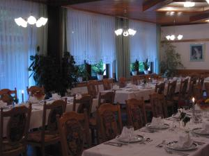 A restaurant or other place to eat at Guest House and Museum Firšt