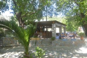 A porch or other outdoor area at Hotel Zachos