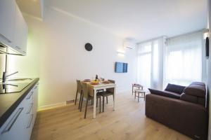 Zona de estar de TwoBros Apartment