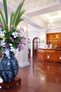 Hall ou réception de l'établissement Hotel Continental Saigon