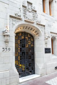 The facade or entrance of Hotel Magnolia