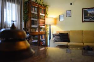 El salón o zona de bar de Hotel Casa Reboiro
