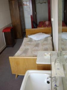 Ein Badezimmer in der Unterkunft Les Tilleuls