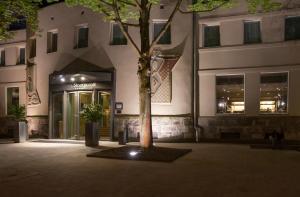 The facade or entrance of Hotel Stadtpalais