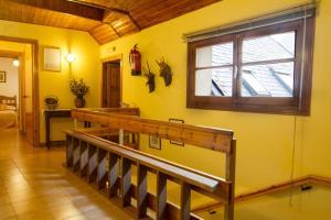 The lounge or bar area at Hostal Aiguamog