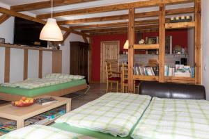 Ein Bett oder Betten in einem Zimmer der Unterkunft Hof Himmelberg