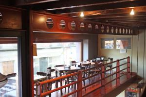 A restaurant or other place to eat at Hotel La Colmena