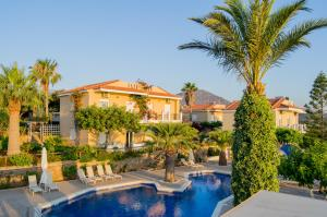 The swimming pool at or close to Panorama Villas