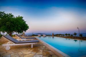 Piscina di Paros Afrodite Luxury Villas o nelle vicinanze